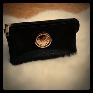 Michael kors wallet / clutch